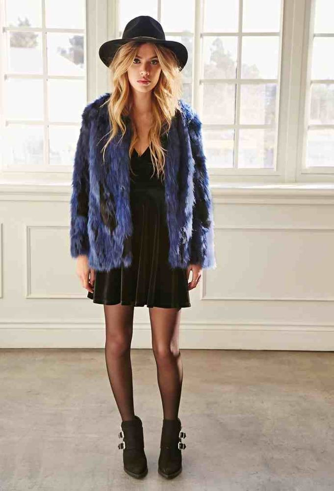 her-tasty-life-blue-fur-jacket1