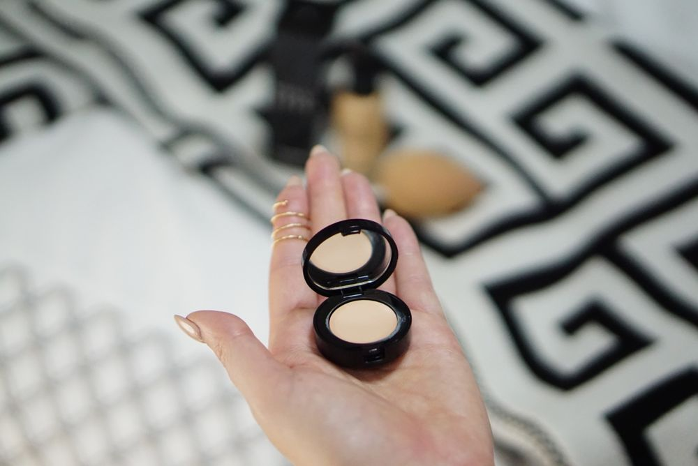 bobbi brown foundation